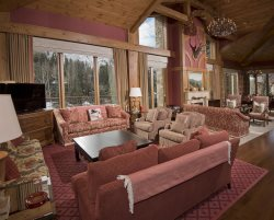 Rams-Horn Vail, Suite 16, 2 Bedroom DELUXE/3.5 Bath, Pool & Hot Tub! Mountain Views!