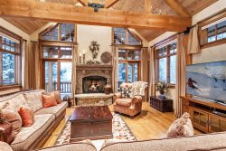 4344 Spruce Way ~ East Vail, with Private Hot Tub!