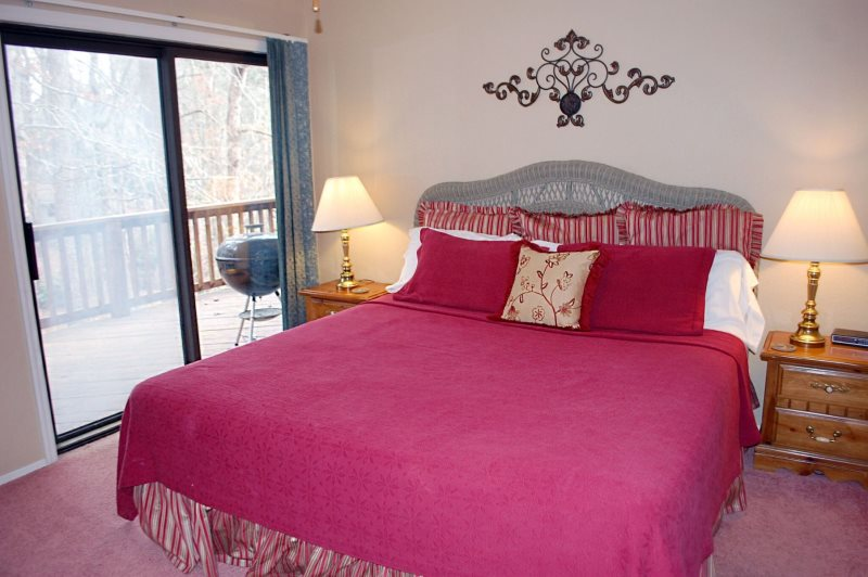 Furnished Nightly Vacation Rental town home in Hot Springs Village ...