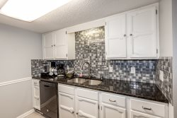 49 Perralena Way WIFI, HDTV - A nicely updated two level town home close to fishing, family recreation, walking trails, golf and shopping.