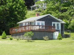 Closed for 2020 - Pemaquid Harbor | Amazing views from this little cottage