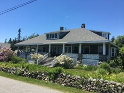 Pemaquid Point Loop Rd | Walking Distance to the Pemaquid Point Lighthouse