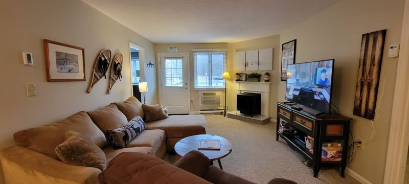 two bedroom condo.  Two Bedroom Condo 124 Lincoln NH 2 Queens and Twins