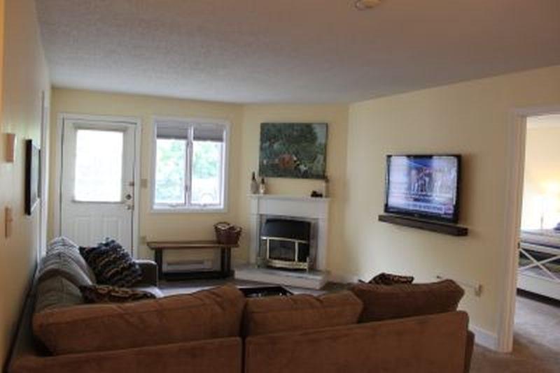 two bedroom condo.  Updated Two Bedroom Condo 125 King Queen Bunk bed Vacation Rental