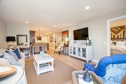 Beautifully remodeled Coronado Condo