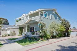 Beautiful  4 bedroom Coronado Beach Home!