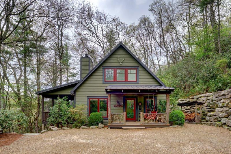Camp Carlee Mountain Cabin