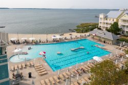 NEW for 2022! Spacious condo in Sunset Island! FREE Linen & Towel Package!