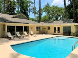 Sea Pines Vacation Home / 253 Greenwood Drive