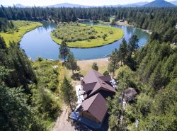 16319 Bear Lane    Beautiful Riverfront Home South of Sunriver!!
