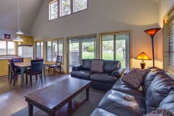 Sunriver, OR | Circle Four Condo 19