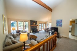 Sunriver, OR | Goldfinch 18