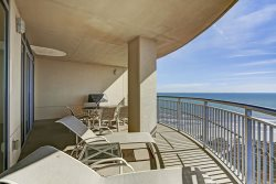 2 Balconies with tremendous views of both the Beach and Bay | TW1610