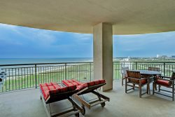 2 Balconies, Amazing Sunset views of Beach and Bay | TW1010