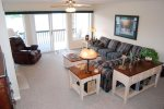 Spacious Living Room with views of Norris Lake