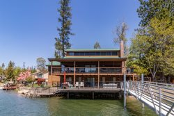 Lakefront Home With Recreation Room, Hot Tub, And Private Dock