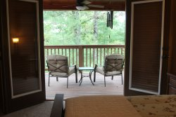 LUCY'S HEAVEN:  Hot tub.  Mountain View.  Lots of space!  Pet Friendly. WiFi.