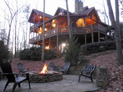 Fireside Lodge:  Rustic luxury and comfort.  Hot Tub.  Pet friendly.