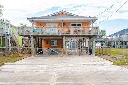 Close distance to Rockport beach and downtown shopping