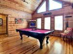 Beavers Bend Luxury Cabin Rentals - Cornerstone - Second Bathroom