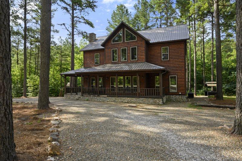 Beavers Bend Luxury Cabin Rentals Cornerstone Lodge