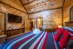 Beavers Bend Luxury Cabin Rentals - After the Sunset - Pool Table