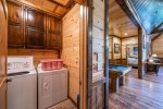 Beavers Bend Luxury Cabin Rentals - After the Sunset - Kitchen