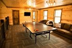 Beavers Bend Luxury Cabin Rentals - Camp Luxe - Ping Pong Table