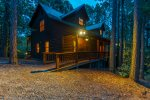 Cross Timbers - Beavers Bend Luxury Cabin Rentals - Front Evening View