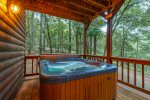 Cross Timbers - Beavers Bend Luxury Cabin Rentals - Hot Tub