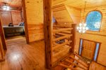 Lakeview - Beavers Bend Luxury Cabin Rentals - Upstairs Hallway