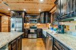 Fully Equipped Kitchen  401kation Lodge  Beavers Bend Luxury Cabin Rentals