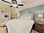 beachy decor with master king size bed