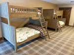 Downstairs Bunk Room with Double/Twin Bunks