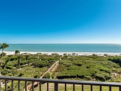 Shorewood 3B Beachfront Penthouse Sanibel Island condo