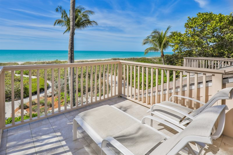 Dolphins Peek South Seas Gulf Cottage 1106 Gulf Front Cottage Captiva Island Dream Vacation Rentals