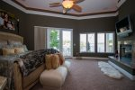 Main Level Lakeview Master Suite with King Bed