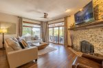 Lakeview King Bed Master Suite with Private Bath