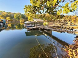Fantastic Five Bedroom 3 Level Lakefront House, Private Dock near Margaritaville