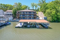 Awesome 3 Level 6 Bedroom Sleeps 17 Huge Dock with Commanding Lakeview