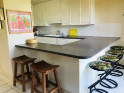 Hale Nalu ~ The Surfer House ~ Relaxation awaits in this family friendly ground floor two bedroom condo