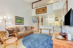 Hale Aina ~ Home of the Land ~ You will feel the love of the Hawaiian Islands in this comfortable condo