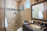 En-suite bathroom - Walk-in shower