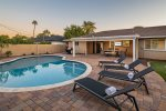 Enjoy Old Town Scottsdale w/ Heated Pool, Putting Green, Ping Pong & more!