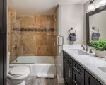 Hallway Bathroom with Shower/Tub combo