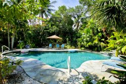 ROOSEVELT COTTAGE CAPTIVA - HIGH SEASON DATES AVAILABLE- WATERFRONT ESTATE WITH DOCK AND BEACH ACCESS