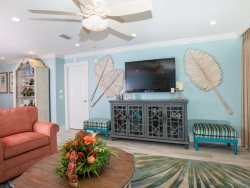FREE GOLF AND TENNIS MEMBERSHIP TO THE DUNES COUNTRY CLUB! LUXURY STYLE CONDO, 3 BEDROOMS, SLEEPS 6.