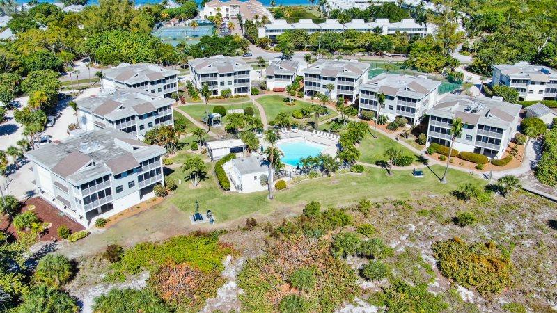Shell Island Beach Club Sanibel