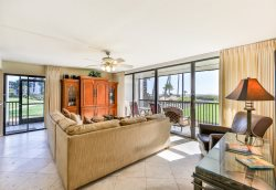 SUNDIAL A101|DIRECT BEACH FRONT- 2 BEDROOM GROUND FLOOR CONDO!