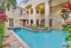 SANDCASTLE ON CAPTIVA- STILL OPEN FOR JANUARY 23RD-FEBRUARY 6TH. LUXURY HOME WITH POOL AND SHORT WALK TO BEACH!